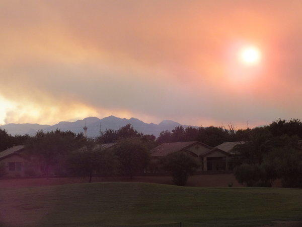 las vegas wildfire grows air quality downgraded to unhealthful latimes. Black Bedroom Furniture Sets. Home Design Ideas