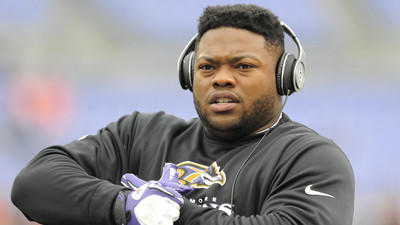 Ravens' Bryan Hall down to 255 pounds, says he feels like a lin…
