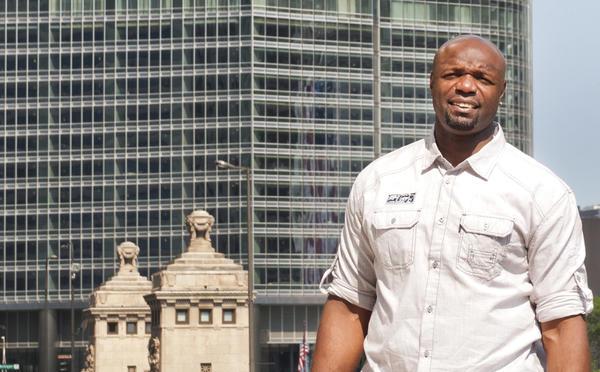 Former Chicago basketball star Ronnie Fields in Chicago. (Jim Haschmann/For RedEye)