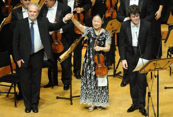 Midori with the L.A. Phil