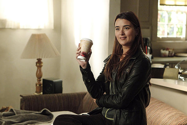 "exiting her role as Special Agent Ziva David on CBS' hit drama ""NCIS"