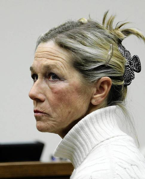 Attorneys for former Dixon comptroller Rita Crundwell have requested that her nearly 20-year sentence be thrown out and a new hearing be held.