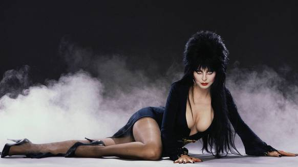 Halloween Haunt 2013 will feature Elvira Mistress of the Dark