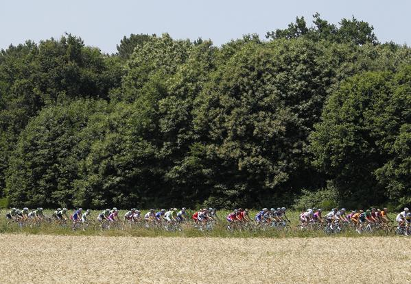 The Tour de France has only male competitors, but a group of female riders is looking to change that.