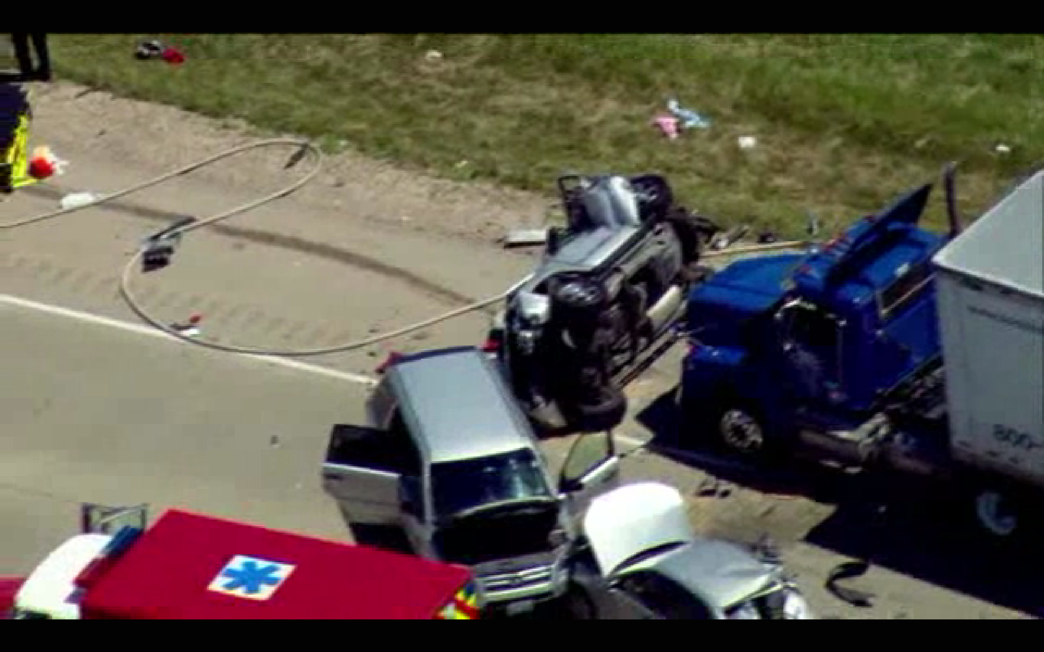 Raw video: Accident on I-94 near Great America - Chicago Tribune