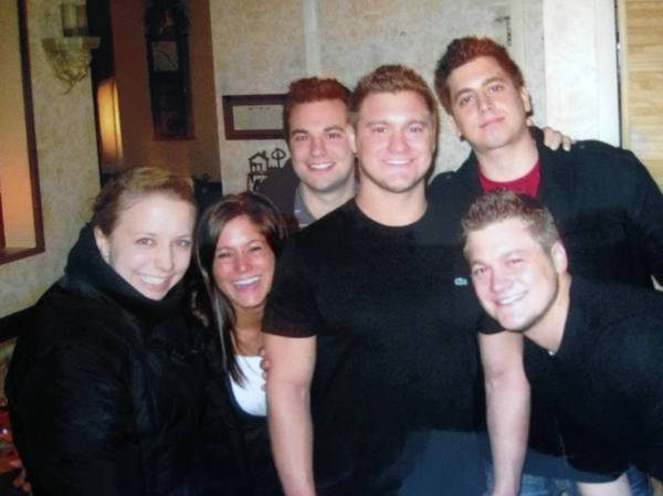 Jeff La Valle, center, with his siblings and cousins. They are from left, Chelsea La Valle, Melissa La Valle, Ryan La Valle, Jeff La Valle, Al La Valle Jr. and Justin La Valle. (Handout, The La Valle family)