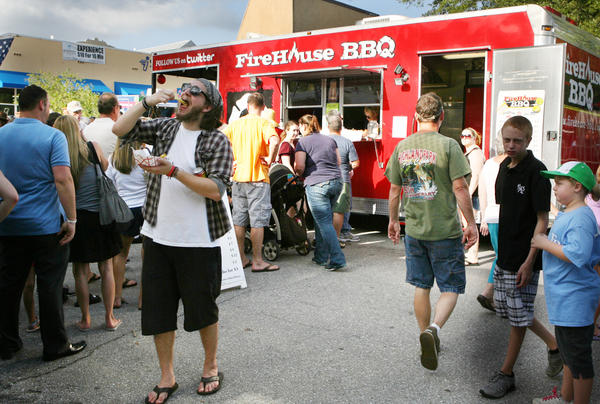 Over 1000 enjoyed the food during the a Food Truck Bazaar in downtown Mount Dora.