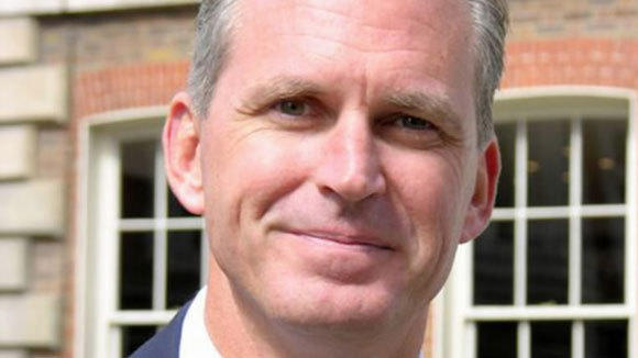 Kevin Kelly has stepped down as CEO of Heidrick & Struggles.