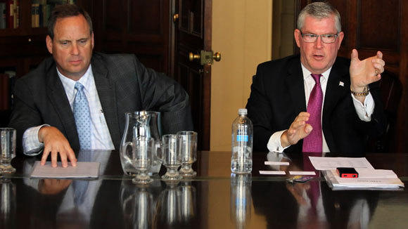 Warren Wilkinson, left, chief marketing officer for Choose Chicago, and President and CEO Don Welsh address the Chicago Tribune's editorial board in July 2012.