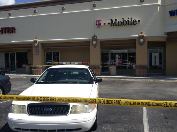 Two armed robbers hit T-Mobile in Oakland Park.