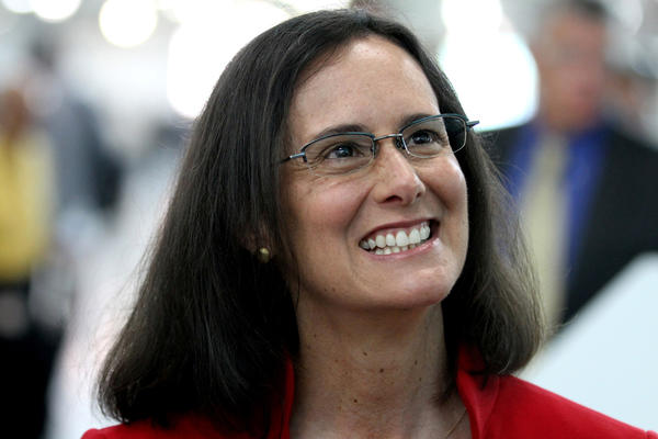 Illinois Attorney Genereal Lisa Madigan tours Navistar's state of the art Test and Development Center early today. She announced her run for reelection this afternoon.