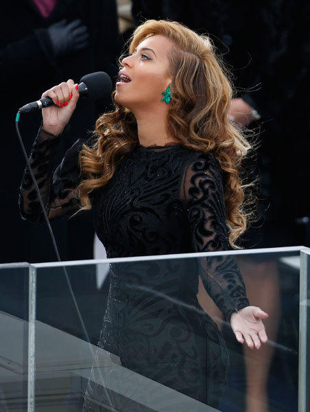 Beyonce sings the national anthem at U.S. President Barack Obama's inauguration ceremonies on the West front of the U.S Capitol in Washington, Jan. 21, 2013.