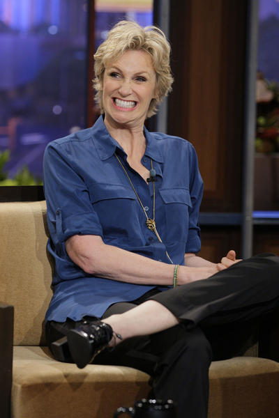 <b>Outstanding supporting actress in a comedy series:</b>Jane Lynch (Sue Sylvester)