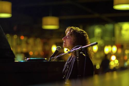 Chicago singer-pianist Judy Roberts performs at the Jazz Showcase with Judy Roberts Quartet with Greg Fishman on saxophone, drummer Rusty Jones and bassist Jim Cox.