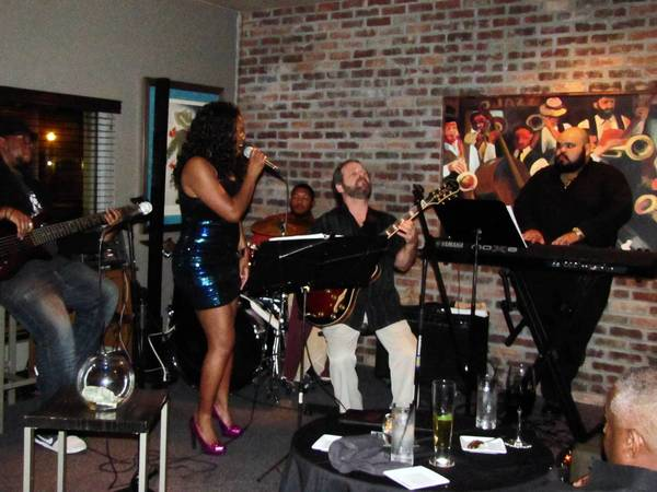 The house band at Jazz Tastings performs weekly sets (with frequent guests) at the Maitland wine bar.
