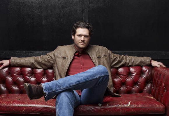 Blake Shelton wants to entertain you.