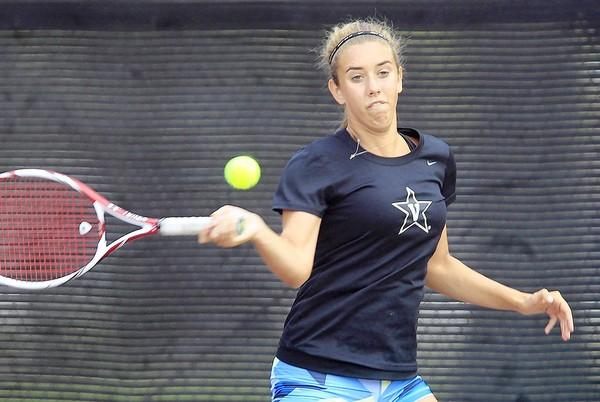 Annie Radeva, a Costa Mesa resident, won the girls' 16s title at the Costa Mesa Junior Summer Classic on Friday.