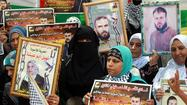 Israel reportedly OKs prisoner release, but not settlement freeze