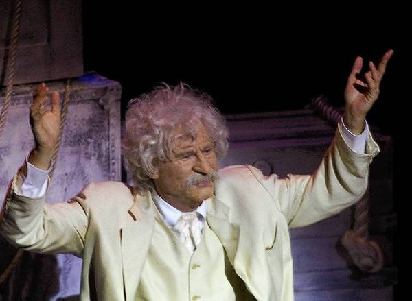 "Val Kilmer in his one-man show ""Citizen Twain"" at the Kirk Douglas Theatre in Culver City."