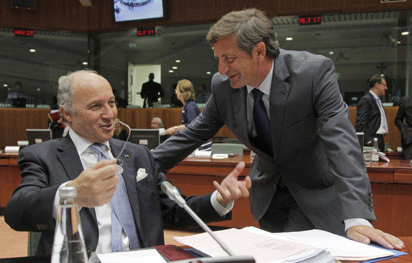 Laurent Fabius, Karl Erjavec