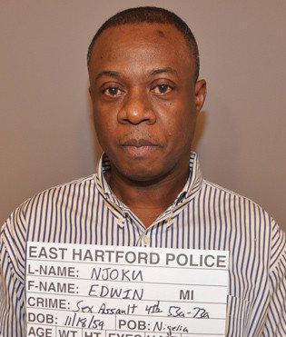 El juicio de Edwin Njoku, el mdico acusado de agredir sexualmente a sus pacientes en su consultorio mdico.
