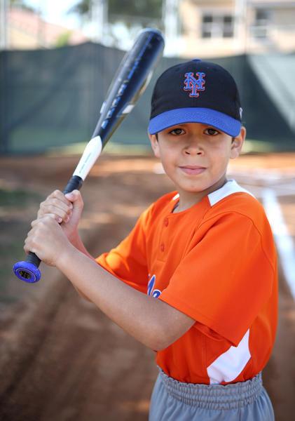 Otto Fernndez, es un peligroso slugger de los 8U Mets de la liga de bisbol de Miramar Optimist.