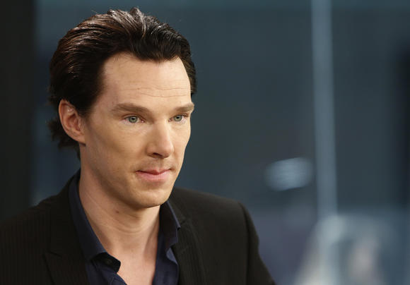 Benedict Cumberbatch plays Julian Assange in 'The Fifth Element'