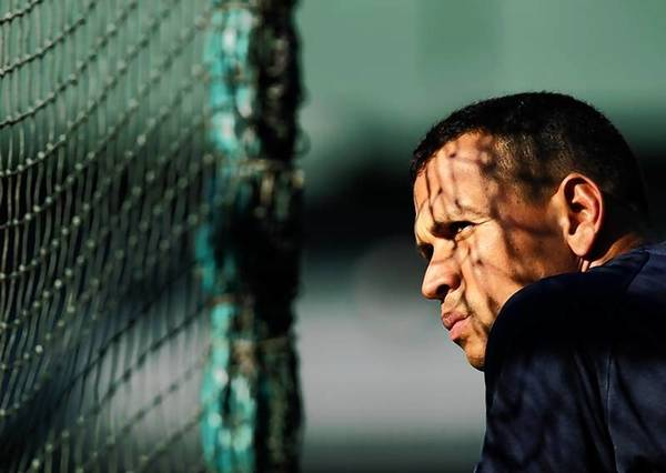 CBS reported that members of New York Yankees third baseman Alex Rodriguez's inner circle obtained and leaked Biogenesis documents that implicated other players.