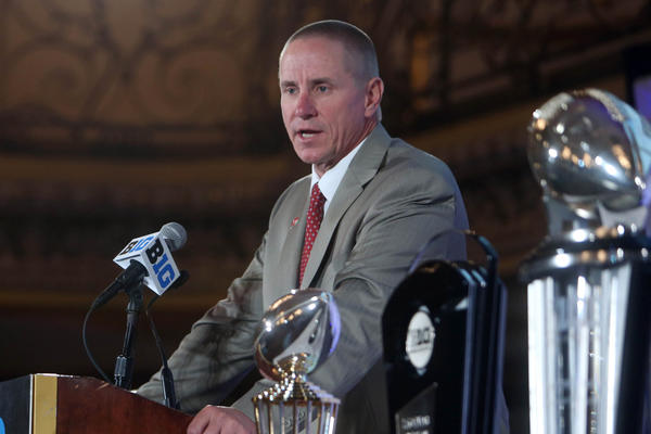 Wisconsin Badgers head coach Gary Andersen speaks during the Big Ten media day at the Chicago Hilton.