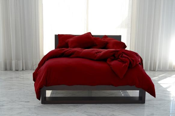 Sheex bedding company uses athletic-inspired fabrics that help regulate body temperature and wick away moisture.