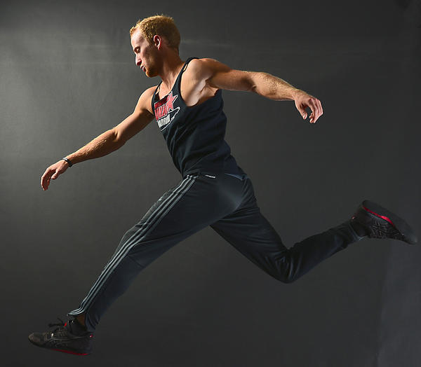 Elet Hall shows athleticism needed to compete on 'American Ninja Warrior' show.