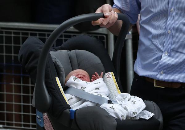 Prince George Alexander Louis in car seat