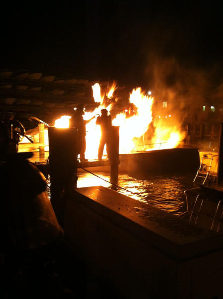 July 25 boat fire at Oak Grove Marina