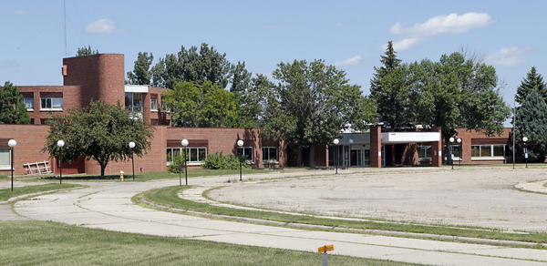The Dakota Midland Campus buildings on the northside of Aberdeen are empty and for sale.