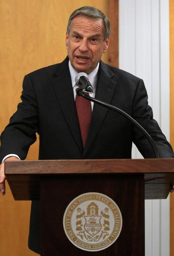 San Diego Mayor Bob Filner plans to undergo behavioral therapy