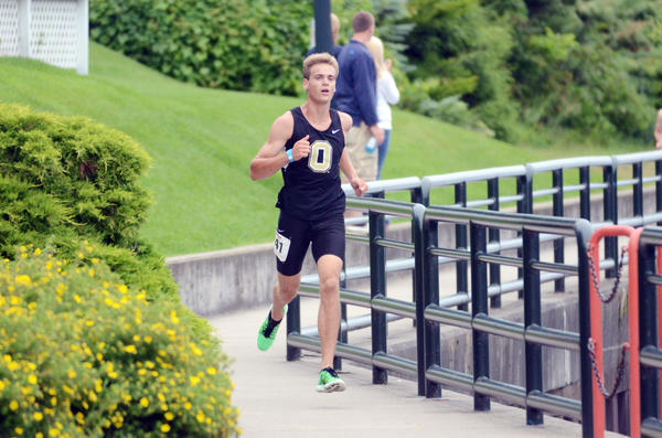 George OConnor of Croswell won the men's overall Jeff Drenth Memorial 5K title, finishing in 15:52.