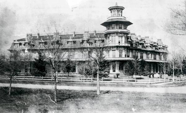 This photo of Highland Park House was taken in the late 1870s