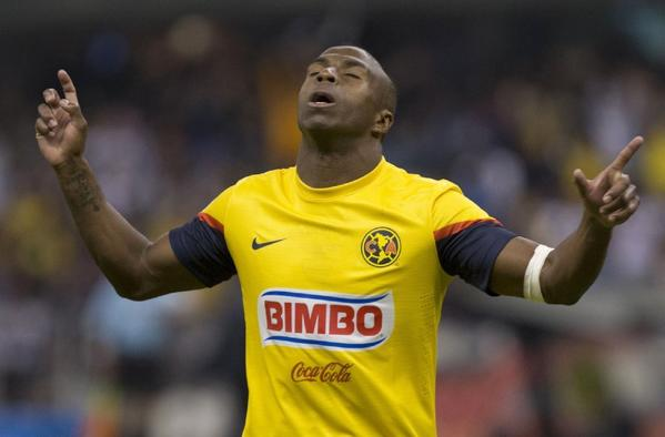 Former Ecuadorean international and Mexican league soccer star Christian Benitez died Monday morning in Qatar.