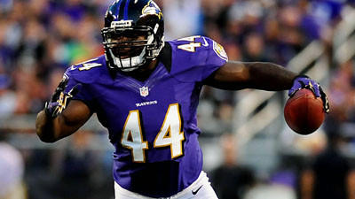 FB Vonta Leach returns to sign with the Ravens