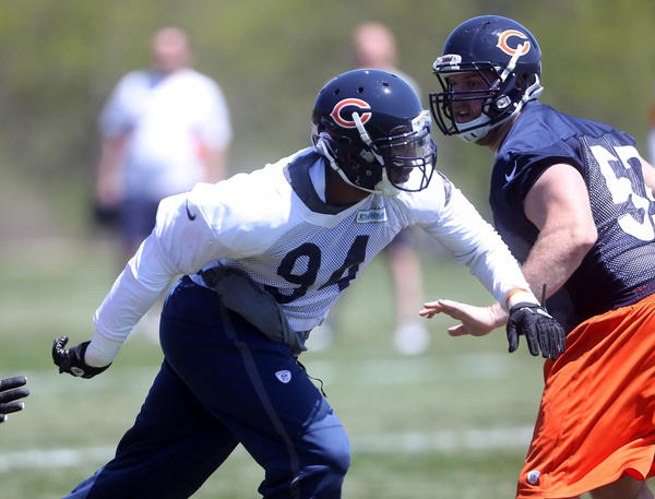 Turk McBride rushes during a Chicago Bears organized team activity on May 14.