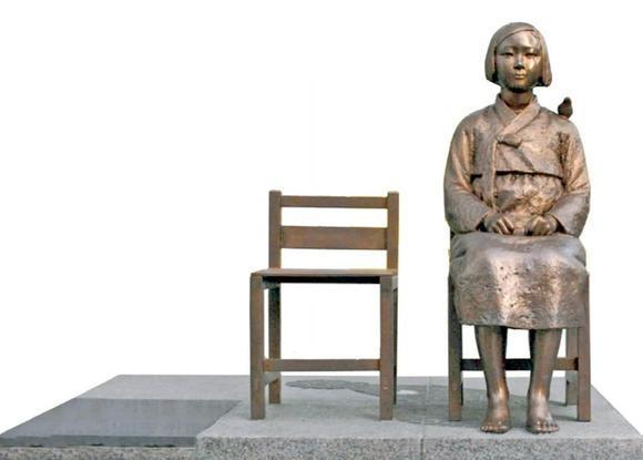 Glendale officials today will dedicate a statue (above) commemorating the suffering of Asian women and girls who served as sex slaves to the Japanese Imperial Army during World War II.