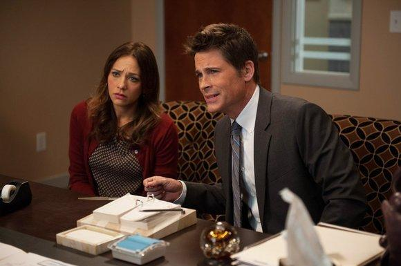 "Rob Lowe, Rashida Jones to exit ""Parks and Recreation"" this season"