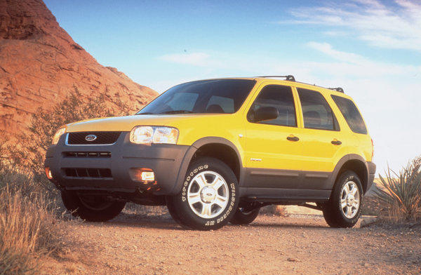 2001 Ford Escapes equipped with V-6 engines were among more than 420,000 vehicles recalled in 2012 to fix a throttle that could get stuck. Ford and federal safety regulators recently agreed to a $17.35-million fine for Ford's slow response in fixing the issue.