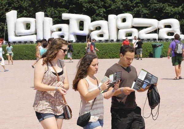 The CTA is offering additional bus, rail service for Lollapalooza.