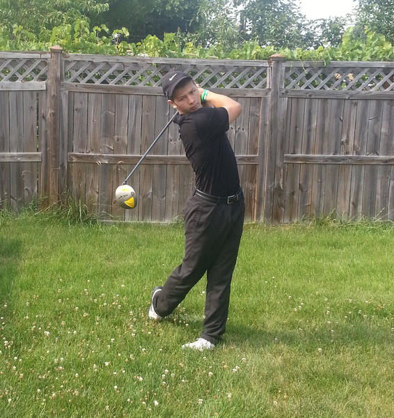 Maine East golfer Anthony Calderone hopes he can leave a legacy at the school in his next two seasons.