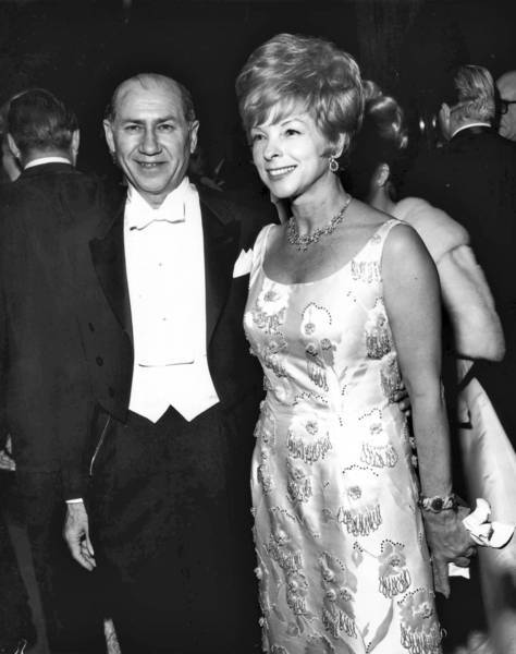 Dolly Bright and her husband, David, in 1964. Their collection of works by 20th century masters became a major gift to help launch the Los Angeles County Museum of Art.
