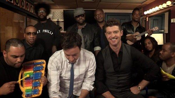 """Robin Thicke performed his hit """"Blurred Lines"""" with Jimmy Fallon and the Roots."""