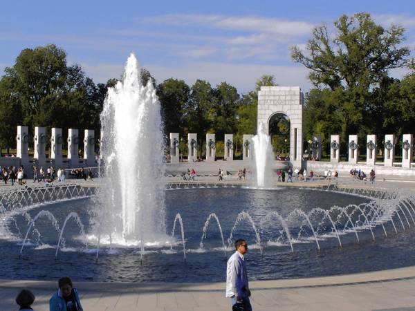 Visit the World Ward II Memorial, the National Museum of the Marine Corps, Arlington National Cemetery and more when you book the Washington D.C. trip offered by Transbridge Tours.