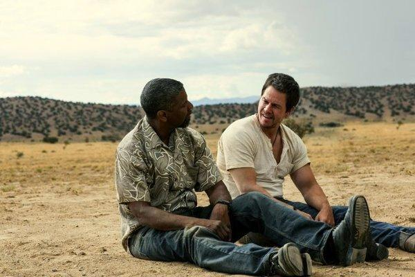"""Denzel Washington, left, stars with Mark Wahlberg in """"2 Guns,"""" which was the No. 1 film at the box office this weekend."""