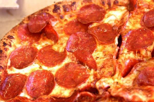 An Orange County sheriff's deputy is accused of pepper-spraying a teenage motorist's pizza.